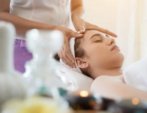 Gezichtsmassage en bindweefselmassage